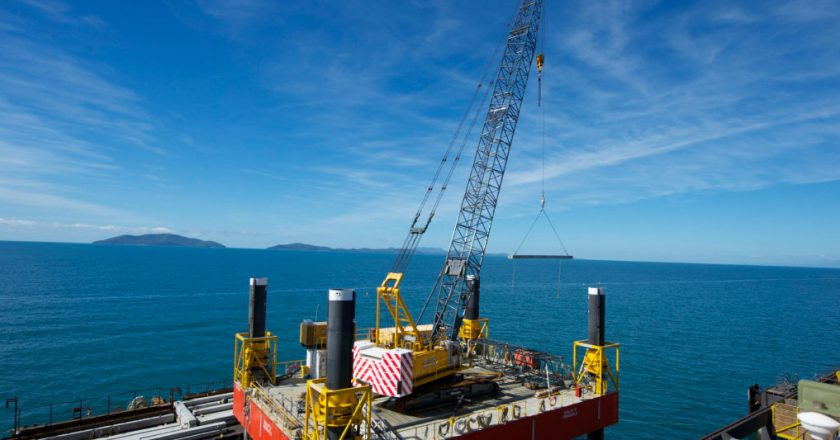 ABH barges designed for lifting projects
