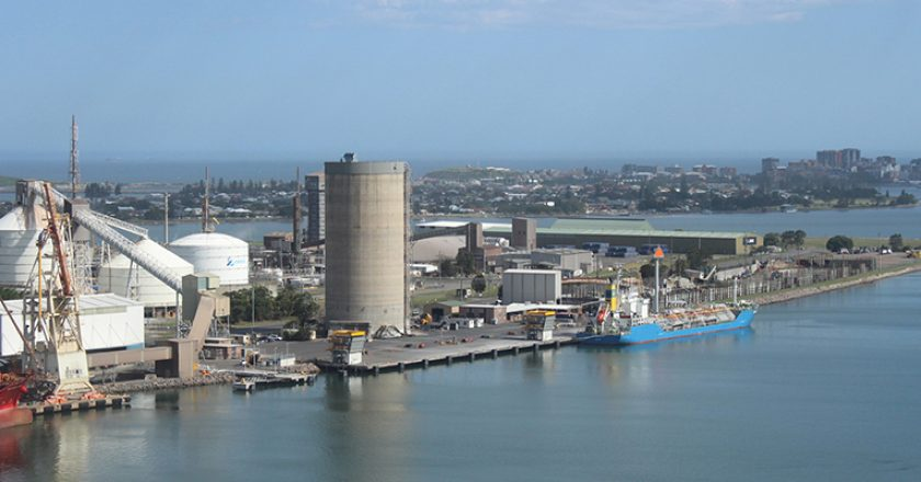 A new ship unloader and conveyor system that features a state-of-the-art crane is being constructed at the Port of Newcastle.