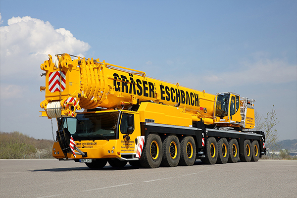 A Liebherr LTM 1450-8.1 mobile crane has become the flagship for a German based crane hire company, after becoming the largest and most powerful crane in the fleet.