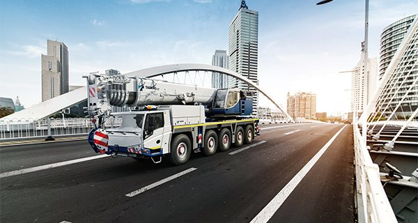 Tadano sets benchmarks with the launch of two new all-terrain cranes, the ATF-100-4.1 and ATF-120-5.1, available from the end of 2019.