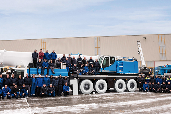 MCG Cranes recently took delivery of a used Liebherr LTM 1350-6.1 mobile crane, the 10,000th used crane to be supplied by Liebherr-Werk Ehingen GmbH since the company was founded.