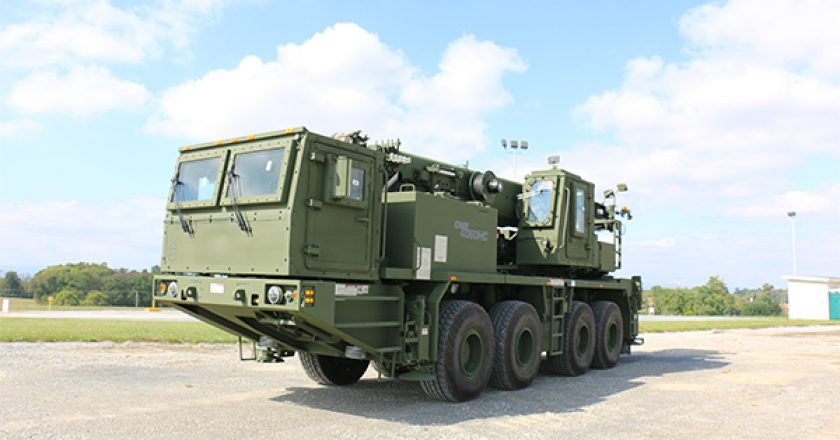 Manitowoc Cranes has won a $US28.2 million ($40.8 million) contract to supply the US Army with cranes engineered for military use.