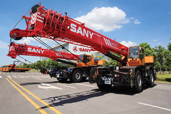 Ronco Group, specialising in construction equipment and engineering, was recently appointed as the regional dealer for SANY cranes. Cranes and Lifting magazine spoke to Ronco managing director, Robert Smith, about the development.