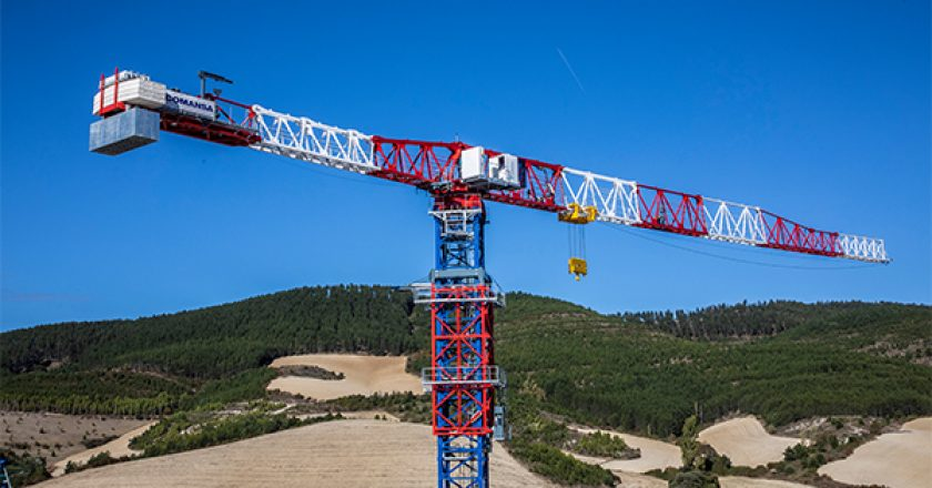 Spanish tower crane COMANSA announces the addition of new models to the range and a new manufacturing project designed to cope with the increased demand from Asian markets.