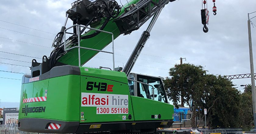 Alfasi Hire recently added to its fleet, two Sennebogen crawler cranes supplied by Pace Cranes and the latest additions will be supporting the six Maeda mini crawlers already operating in the fleet. Cranes and Lifting explains.