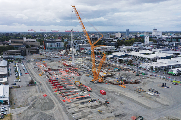 Liebherr recently delivered a 500t crawler crane to leading New Zealand crane hire business, Titan Cranes (New Zealand) for a major role in a Christchurch rebuild project.